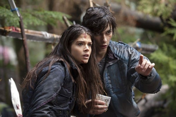 'The 100' Recap: The One Where Everyone Gets High