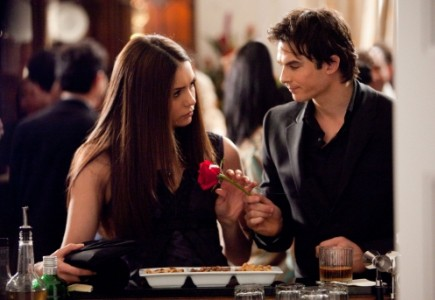 vampire diaries damon and elena kiss. #39;The Vampire Diaries#39; Roundup: