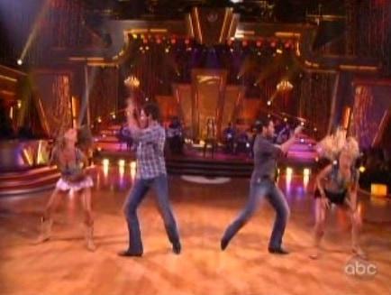 maks-squaredance.jpg