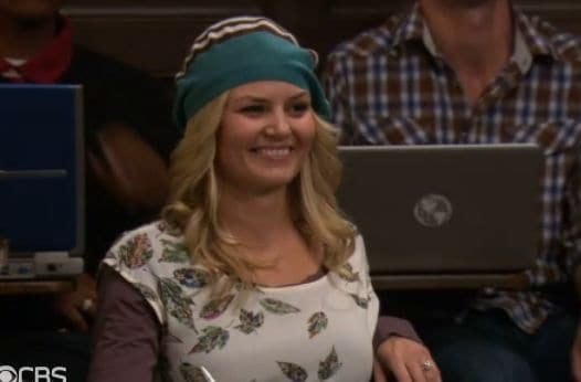 zoey-hats3-himym-canningrandy.jpg