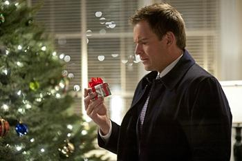 'NCIS' Episode 10.10 Preview: Will Tony's Dad Bring His Son Angst for Christmas?