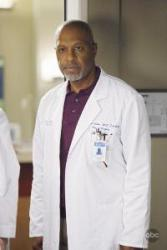 'Grey's Anatomy' 'Give Peace a Chance' Recap - The Mother of All Tumors and Diapers