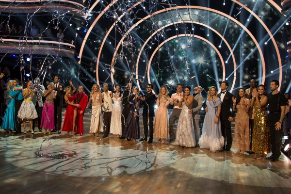 First Couple Eliminated From 'Dancing With the Stars'